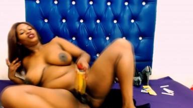 African desire sugar plum babe ready to make you cum