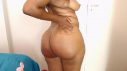 Hot African gal Tazz Lyn with clapping booty to satisfy