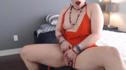 Enthusiastic mistress MILF Brandy Rose loves to squirt