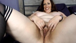 Chubby housewife Carlene who can cum over and over