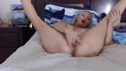 Skinny friendly babe Nikki is playing with her juicy cunt