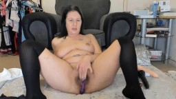 Dirty talking mature brunette Missy banged juicy pussy