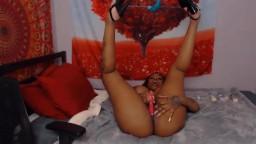 Busty ebony princess Miyah who loves banging her big booty