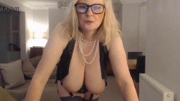 Hot mother Annabel is fucking her sweet pussy with a toy