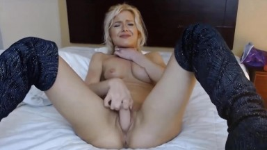 Choking herself fabulous blonde fairy Iya banged her twat