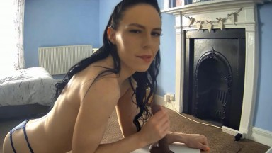 UK lady Louisee explodes as many times as you can handle