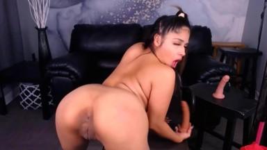 Latin doll Drippy Drizz enjoys twerking & squirting pussy
