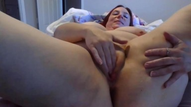Red BBW Keena Mosity can do a lot with those large boobs