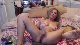 Hot lucky cougar rides dildo and gets squirting fountain