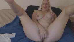 Excited blonde Suzy loves to get naughty and cum for you